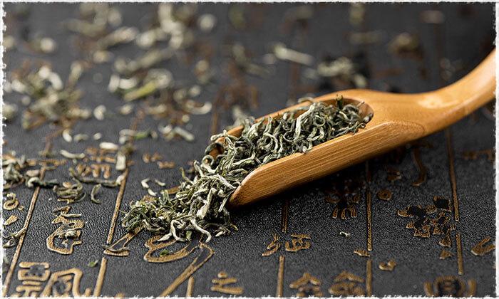 Tea Leaves of Bi Luo Chun