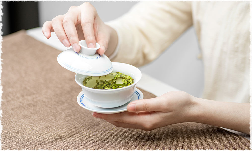 Longjing tea in Gaiwan
