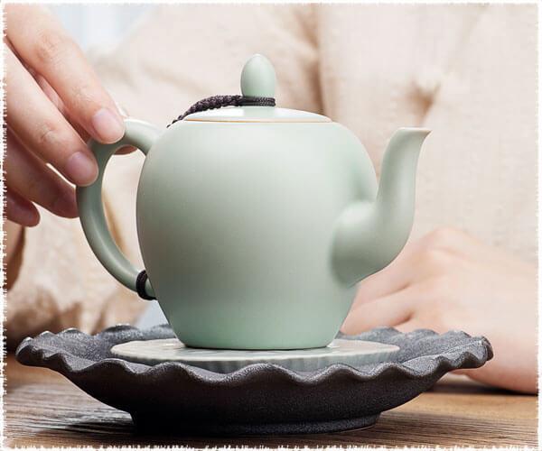 Mei Ren Jian Teapot