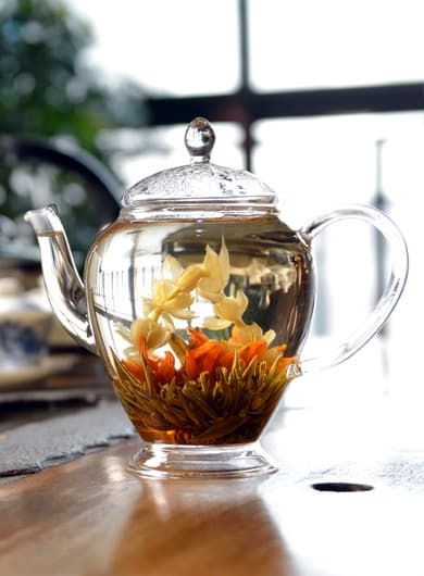 Family Happiness Silver Needle Flower Tea 01