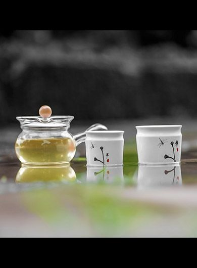 Jing Si Teapot Set with Two Porcelain Cups