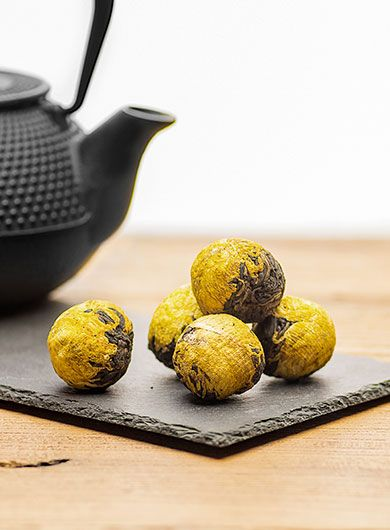 Yunnan Chrysanthemum Dragon Ball Black Tea6