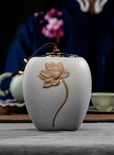 Coarse Pottery Lotus Tea Caddy