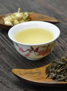 Silver Jasmine Green Tea (Mo Li Yin Hao)