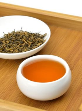 Superfine Tan Yang Gong Fu Black Tea 01
